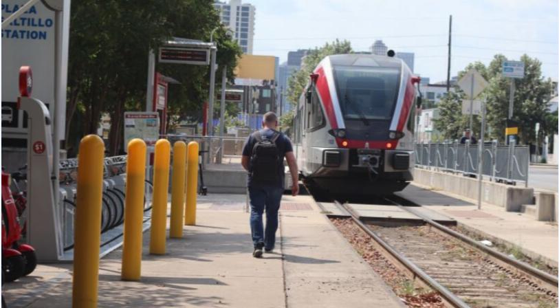 Pedestrian Rail Safety – Capital MetroBlog